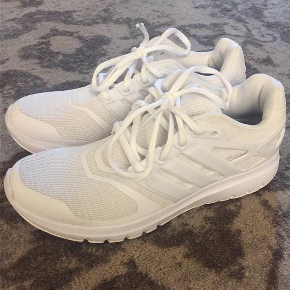 le adidas nuvola di energia / 85 poshmark scarpa sportiva